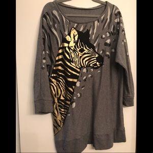 Zebra Scoop Neck Grey Hoodie size XL